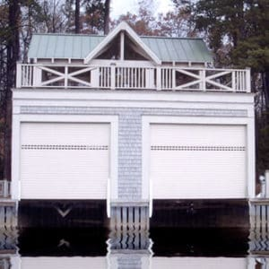 Roll-up-boat-house-protection