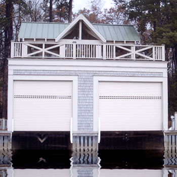 Roll-up-boat-house-protection_1
